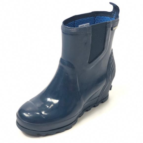 dd39fee6d32 SOREL Joan Rain Wedge Chelsea Gloss Boots 9 Blue NWT